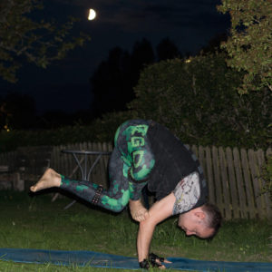 Grasshopper pose in August 25th 2017. Tasty! The  Grasshopperpose belongs to the edibleasanas, i.e. asanas that resemble something that is healthy and tasty to eat. Eating insects have a low e