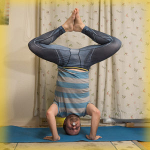 Bound angle pose in headstand in November 16th 2017. Joining both teams again! Both because I love the challenge, but also because I need both asanas.