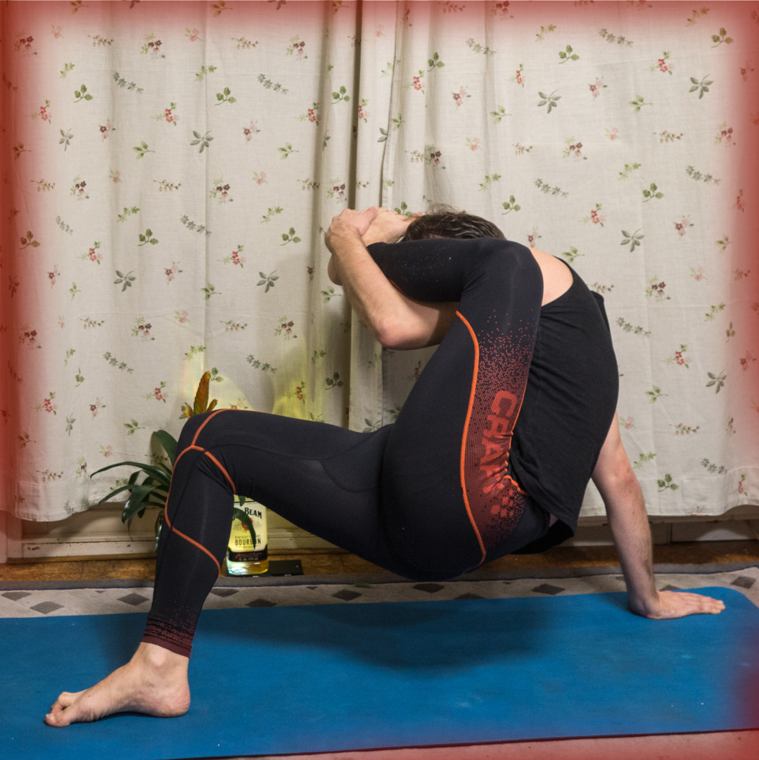 Eka Pada Sirsasana in November 19th 2017. This variation is new to me, and I did first expect to get something similar to my day 17 post. But I decided to give it a try to lift my butt off the