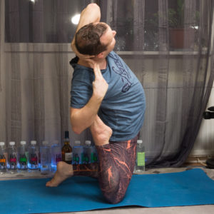 Camel pose in December 25th 2017. This one was tough, and at first it looked like I had to fall back on an ordinary  Camel Pose or allow a gap between hands. But it worked better by preparing