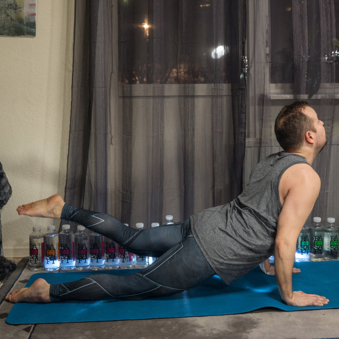 Cobra pose in January 30th 2018.  Cobrapose or  Bhujangasana firmsthebuttocks and awakens the kundalini. This pronepose activates the  Heartchakra or  Anahata. And rising the legs makes it a g