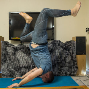 Mukta Hasta Sirsasana B in February 3rd 2018. I bring a  Free Hands Headstand or  Mukta Hasta Sirsasana with stag legs.  Headstands in general activates the  Crownchakra, and stimulates the  P