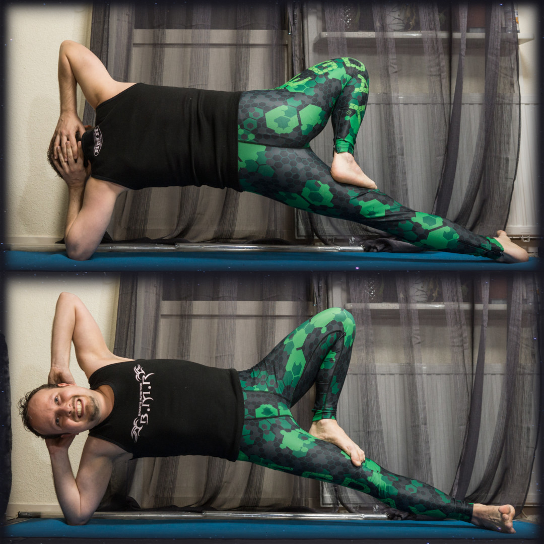 Side Plank Pose in March 27th 2018. Tonight I'm inspired by amazing @yun_chan88 and bring an elbowsideplank variation with  Treepose legs. I found gaze or drishti to be important here for bala
