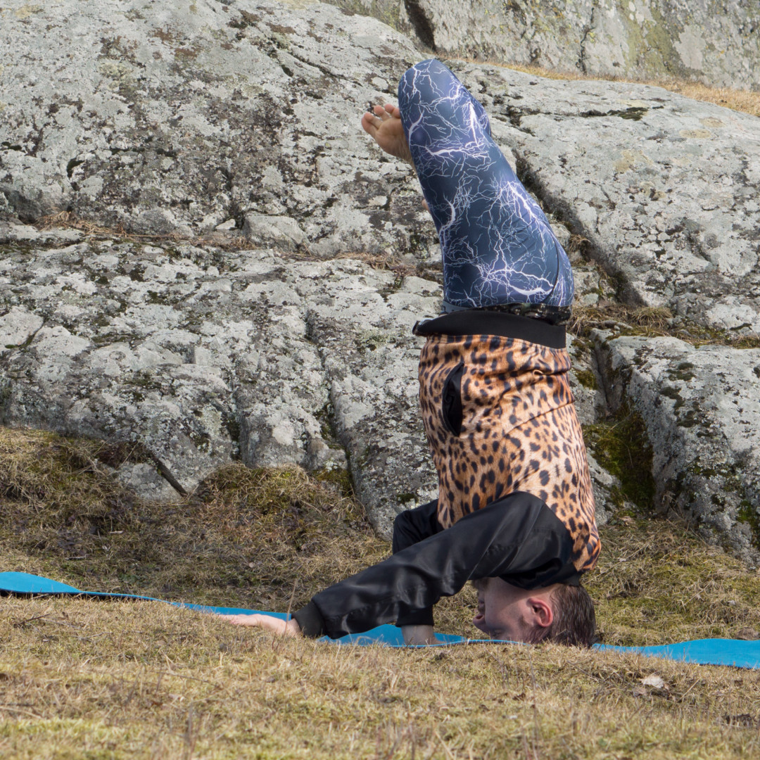 Headstand lotus in April 7th 2018. Thank you all hosts, sponsors and everyone who joined this awesome challenge!