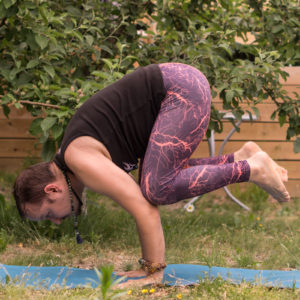 Crane pose in June 2nd 2018. Joining both teams again :) A  Bakasana or  Cranepose for  Team Invert and a tiger or  Ekahastavyaghrasana for  Team Bend.
