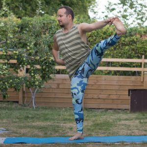 Utthita Hasta Padangusthasana in July 24th 2018. I bring two shots of  Utthita Hasta Padangusthasana or  Extendedhandtobigtoepose, and one with the  Firehydrant Pose variation which is first t