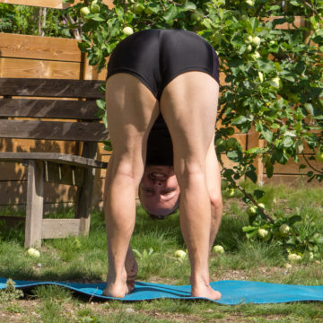 Standing forward fold in August 2nd 2018. Catching up with an Uttanasana or Standingforwardfold.