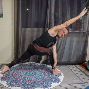 Revolved side angle pose in November 14th 2018. I bring a  Parivritta Parsvakonasana or  Revolvedsideanglepose, which gives an intensive core twist and is important to practice both sides to d