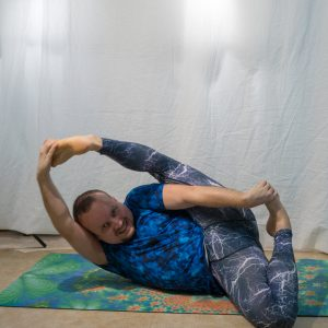 Infinity pose in January 11th 2019. It's been quite a time since I practiced Infinity pose or Ananthasana last. Biggest challenge for me is flexibility in hamstrings, so warming up with standi