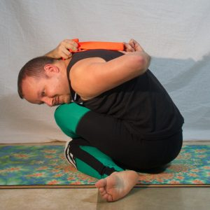 Cow Face Pose in April 5th 2019. It's the first time I practice Cow Face Pose or Gomukhasana with seated Forwardfold. Made it from two different angles to see what I'm actually doing :)