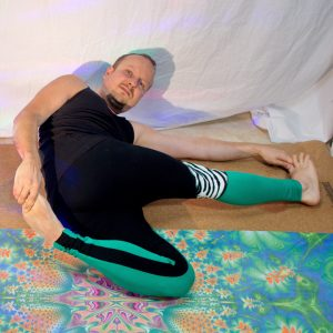 Supta Matsyendrasana in April 6th 2019. Star Pose or Supta Matsyendrasana is a twisted supine pretzel pose. I bring it both sides.