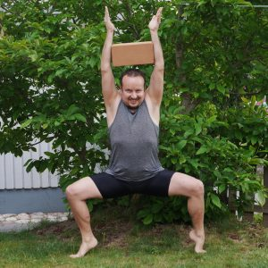 Goddess pose in June 21st 2019. Happy International Day of Yoga and Glad Midsommar! My choice is Utkata Konasana or Goddess pose with arm pressing the yogablock together.