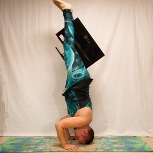 Tripod headstand in July 30th 2019.