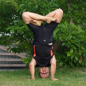 Headstand lotus in August 3rd 2019. My choice today is Headstandlotus or Urdhva Padmasana with the lotus formed in air, and then lowering to embryopose. I warmed up with regular lotus, pigeons