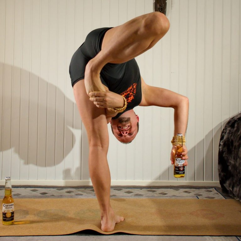 Super Soldier Pose in January 30th 2020. Can't get enough of the super soldierpose so I make beer yoga with a handsoffsupersoldier