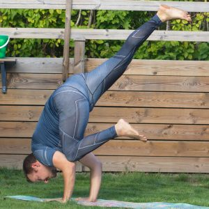 Flying crow pose in September 8th 2020. Yoga empowers me to fly away from stress and drama, and focus on what really matters. Today I'm flying high in an Eka Pada Kakasana or Flying crow pose,